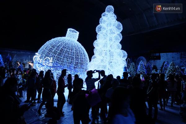 Ngôi Làng Noel 10 Độ C Từng Xuất Hiện Tại Sài Gòn