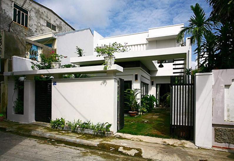 Mẫu Nhà Phố Đẹp Có Sân Vườn | NP-104